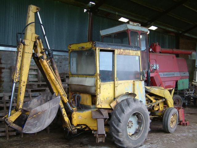 Ih 2424 Tractor Loader : Couple of oldies farm tractors and equipment my old