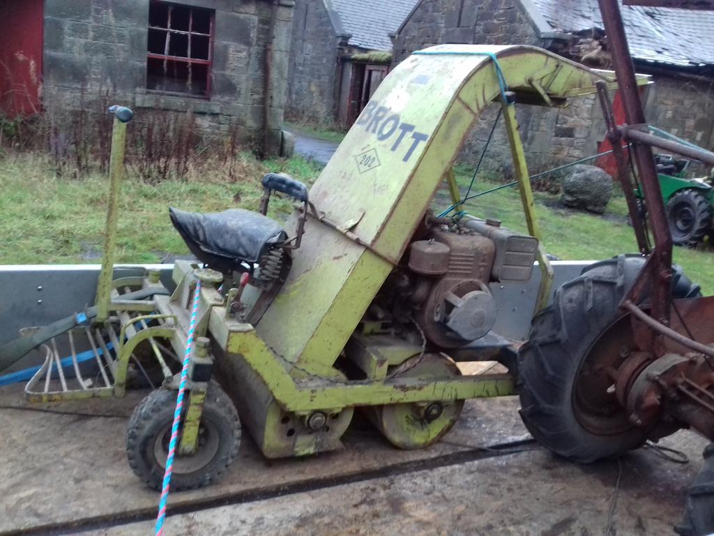 BROTT mower2.jpg