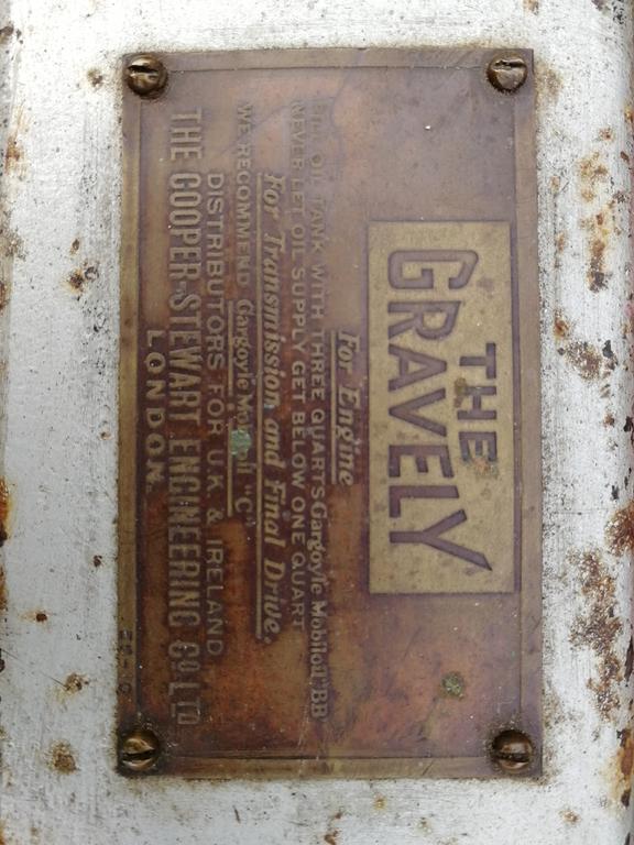 gravely d id plate.jpg